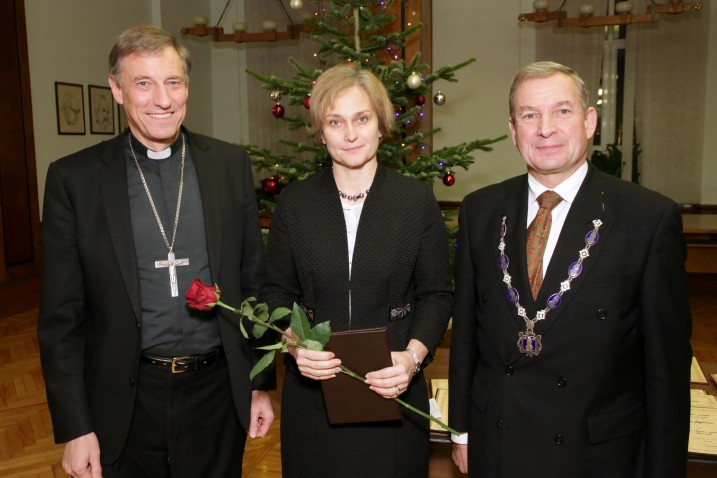 From the left: Zbigņevs Stankevičs, the Metropolitan Archbishop of Riga of the Roman Catholic Church, Ineta Ziemele, the President of the Constitutional Court of the Republic of Latvia, and Ojārs Spārītis, the President of the Latvian Academy of Sciences. Photo: Jānis Brencis.