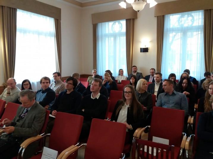 Atvērtā lekcija Satversmes tiesā par kriptovalūtām un blokčeina tiesībām. Foto: K. Strazda.