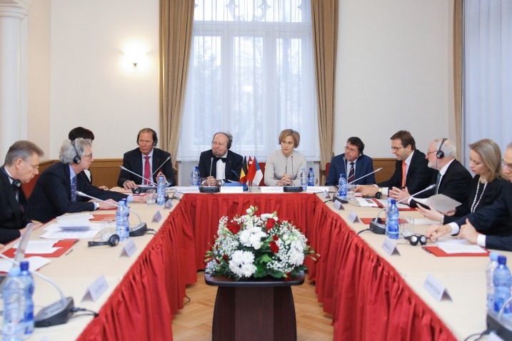 Trīspusējā Satversmes tiesas, Beļģijas Konstitucionālās tiesas un Čehijas Konstitucionālās tiesas tiesnešu tikšanās. Foto: Aleksandrs Kravčuks.